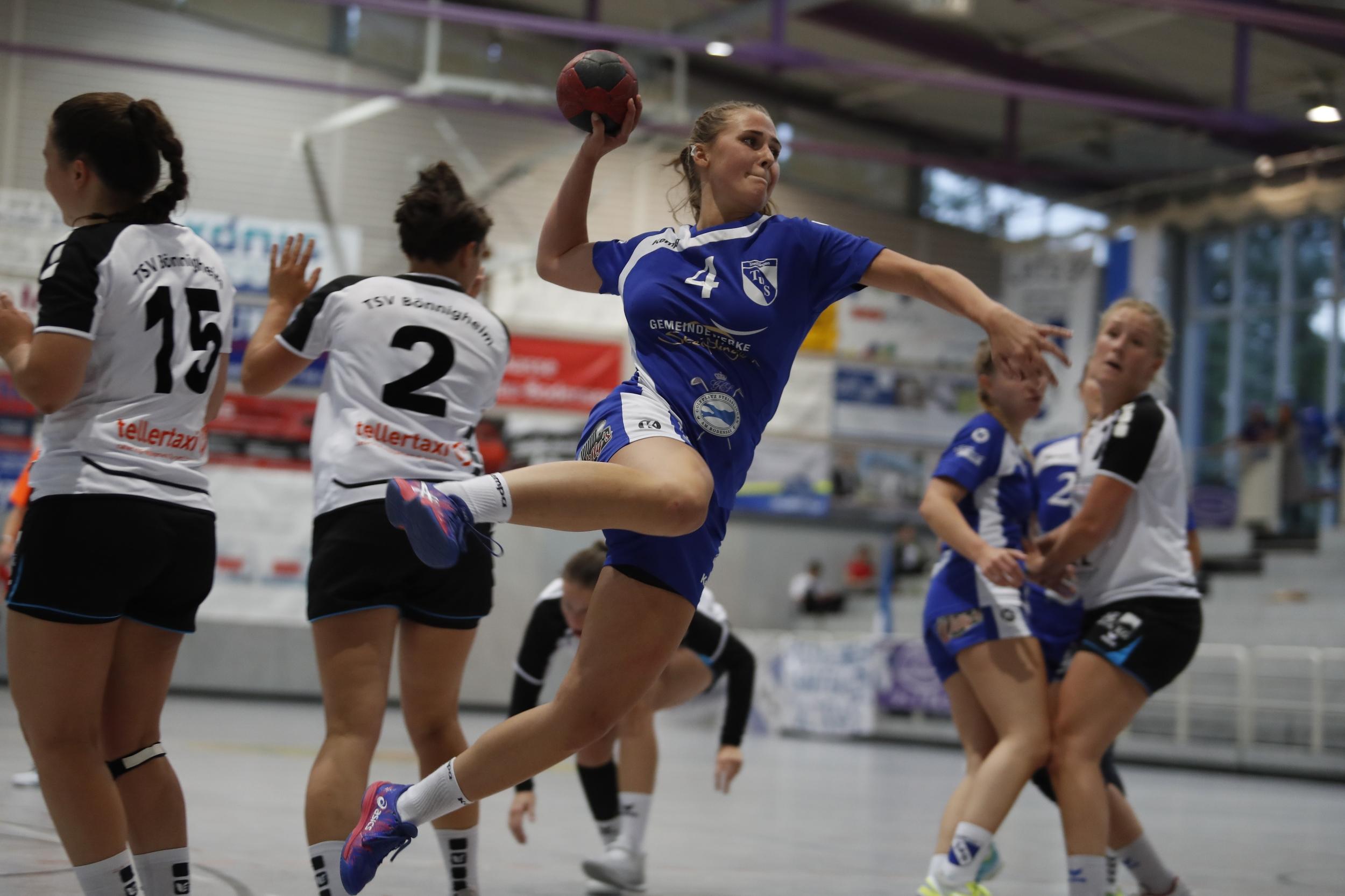 im Bild: Alina Bauer TuS Steisslingen Damen beim Spiel in der BWOL zwischen dem TuS Steißlingen und dem TuS Bönnigheim in der Mindlestalhalle in Steißlingen