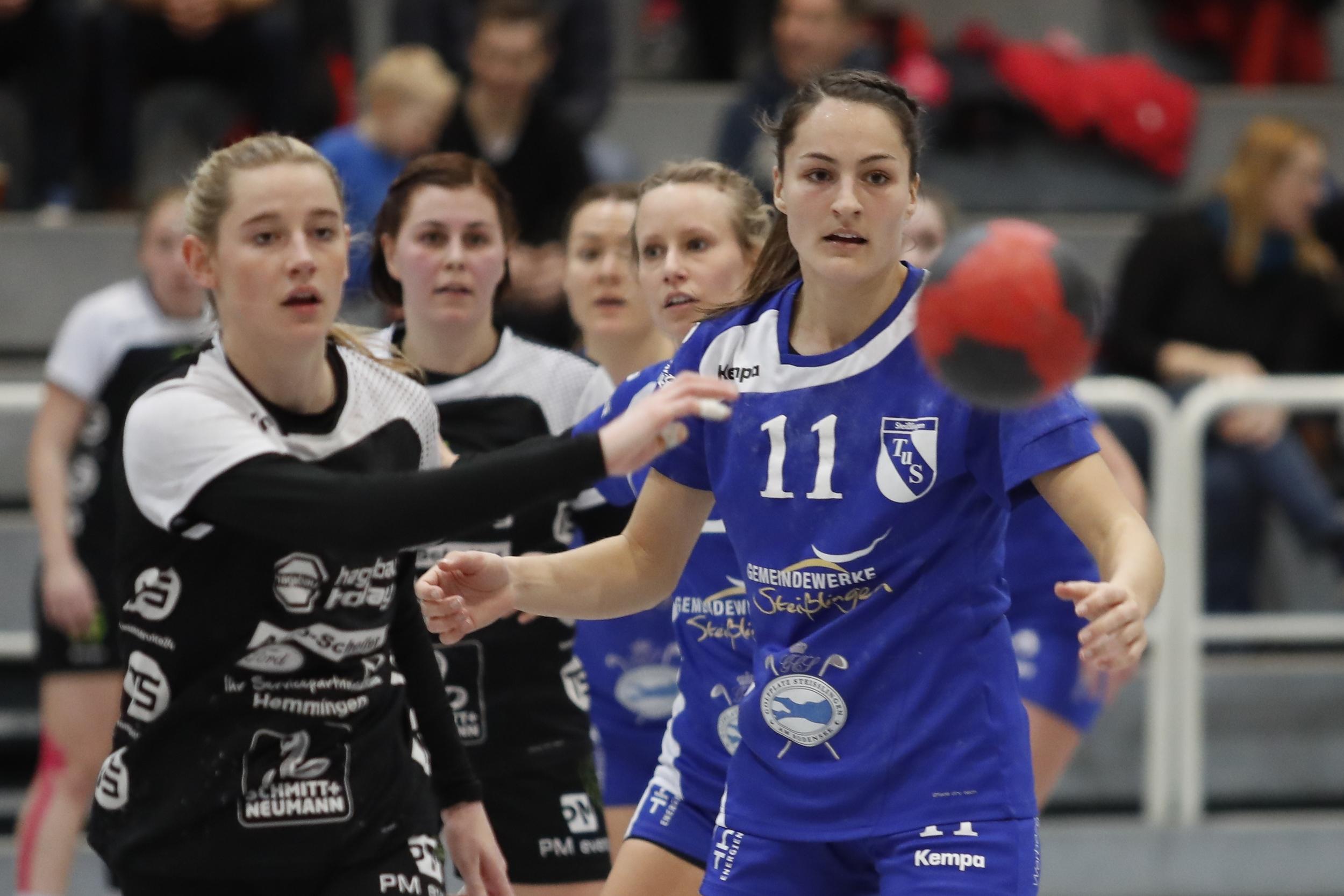 Rebecca Maier TuS Steisslingen Damen beim Spiel in der BWOL zwischen dem TuS Steißlingen und der HSG Strohgä9 in der Mindlestalhalle in Steißlingen
