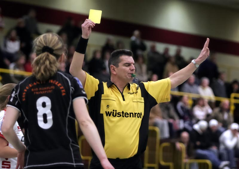 Yellow_card_handball