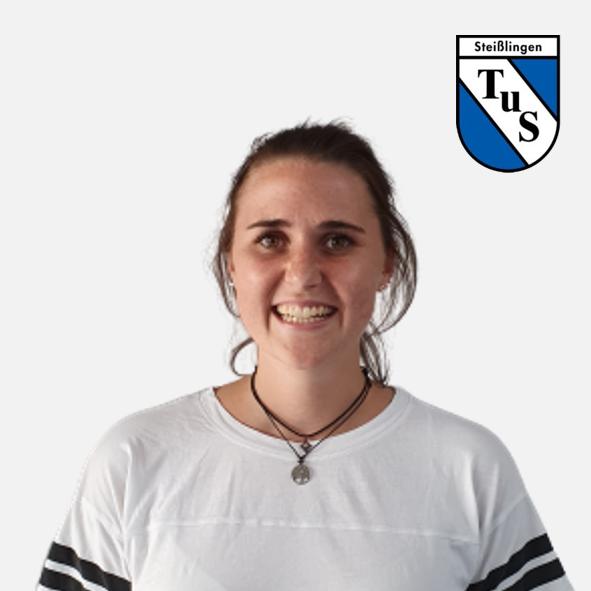 Alina Bauer mit Logo